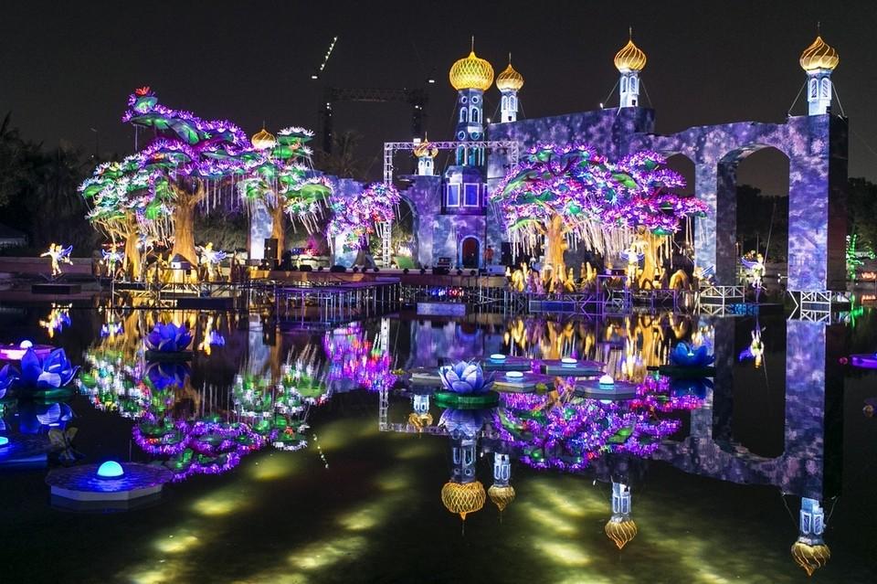 World S Largest Glow Destination Quot Dubai Garden Glow Quot To